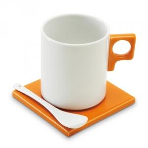 schönes Tassenset aus Keramik mit Löffel