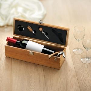Weinbox mit Zubehör in Holzoptik