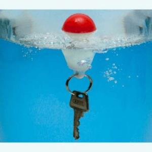 Schwimmende Boje für den Schlüsselbund