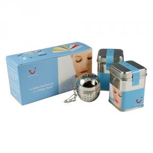 Kleiner Teegruß mit Teesieb
